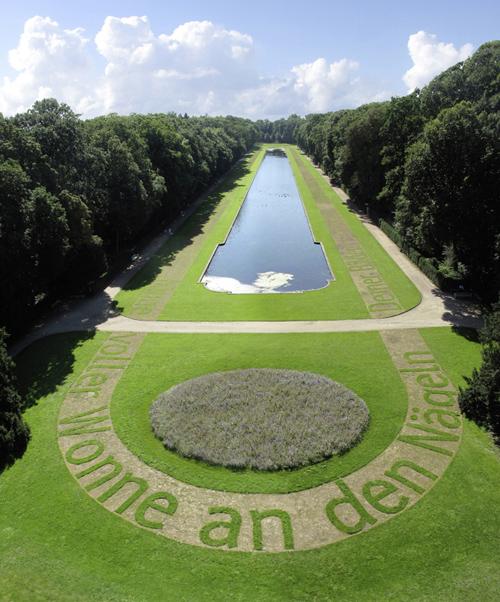 10cm In Deinem Spiegel Ralf Witthaus Schloss Benrath Spiegelweiher - web 500