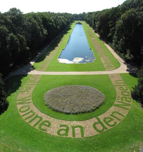 Luftbild-In-Deinem-Spiegel-Ralf-Witthaus-Schloss-Benrath-Spiegelweiher-IMG_9136-web500