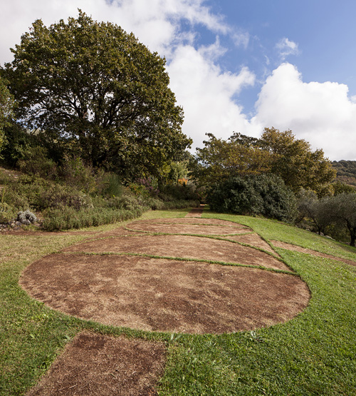ralf-witthaus-square-and-circles-land-art-revisited-pianamola-foto-by-francesco-galli-curator-elisa-resegotti15-10_02
